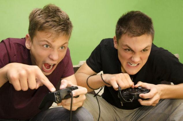 รีบแชร์ให้บอสเห็นด่วน เผยผลวิจัยชี้เล่นเกมในที่ทำงานช่วยลดความเครียดได้