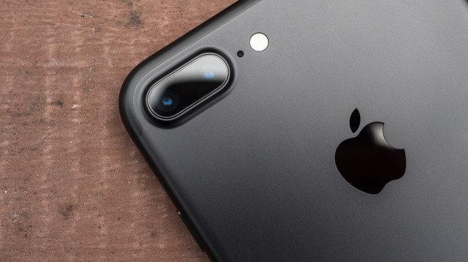 อดีตผู้บริหาร Google บอก อยากได้กล้องบนสมาร์ทโฟนที่ดีให้เลือก iPhone