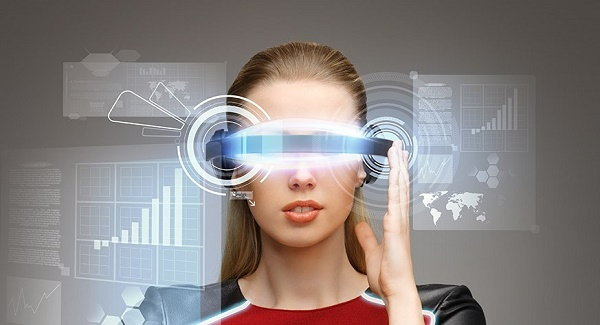 ผู้สร้าง HoloLens และหัวหน้าฝ่าย Windows Insider ยอมรับ แว่นตาอัจฉริยะ จะมาแทน สมาร์ทโฟน