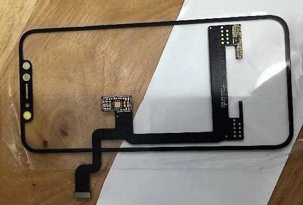 หลุดภาพชิ้นส่วนหน้าจอไร้ขอบพร้อมสายแพร ของ iPhone 8