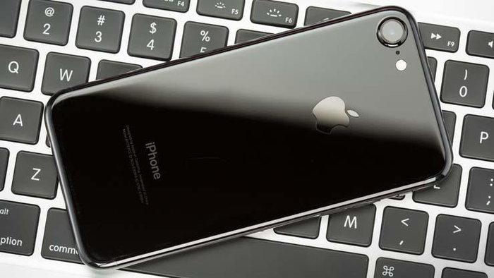 iPhone 7 ขึ้นแท่นสมาร์ทโฟนขายดีที่สุดในโลก ครึ่งแรกของปี 2017