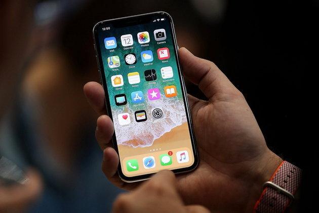 รวยกันทีเดียว รถขนส่ง iPhone X ถูกปล้นคิดเป็นเงินมูลค่ากว่า 12 ล้านบาท