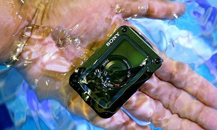 พรีวิว Sony RX0 กล้องจิ๋วสุดอึด กันน้ำ กันกระแทก เน้นงานระดับโปร