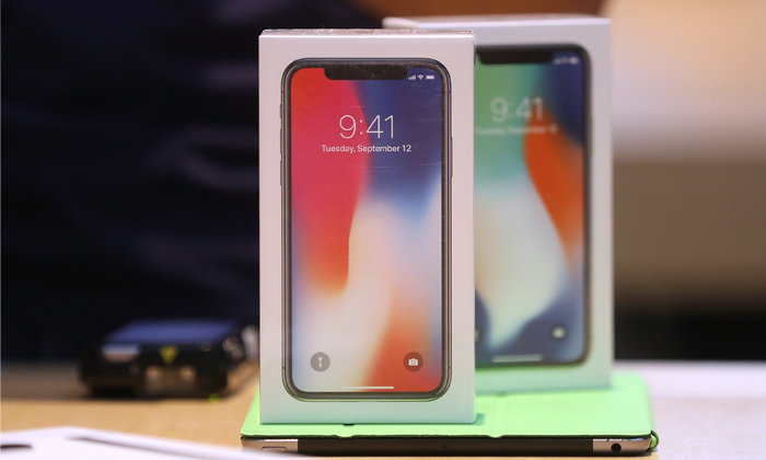 ต้อง Strong แค่ไหน ถึงจะซื้อ iPhone X ได้
