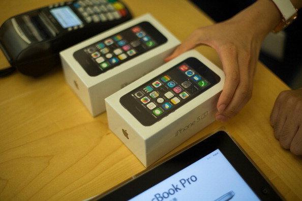 ลดราคา iPhone 5S เครื่องเปล่าลงเหลือ 14,900 เท่านั้น!!