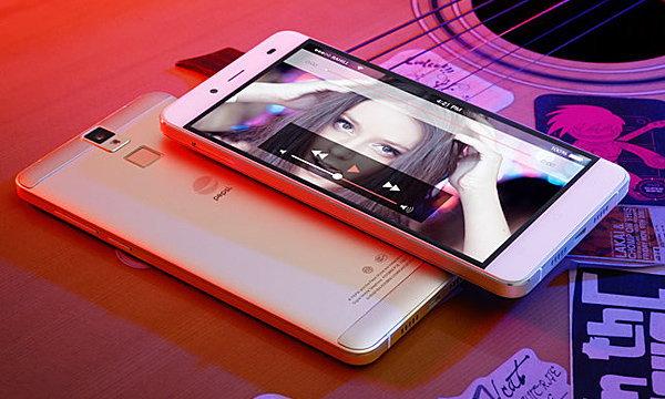 เผยภาพชัด ๆ ของ Pepsi Phone P1 ก่อนการเปิดตัวในจีน 3 ธันวาคมนี้