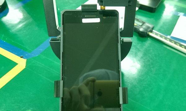 เผยภาพกล้องหลังและด้านหน้าคาดว่าคือ Samsung Galaxy S7 ที่คุณไม่เคยเห็นมาก่อน