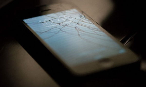 iPhone พังไม่ต้องกลัว เอามาเทิร์นเครื่องใหม่ได้!!
