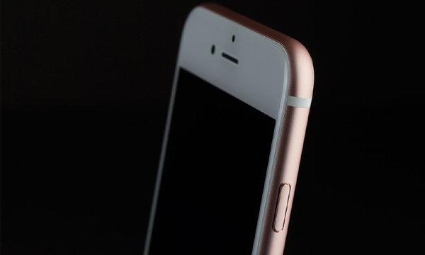 [ลือ] เราอาจได้เห็น iPhone Pro หน้าจอ OLED ขนาด 5.8 นิ้ว ในปีช่วงปี 2017-2018 นี้
