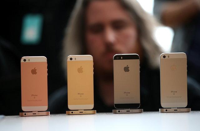 เคาะแล้ว iPhone SE ราคาศูนย์ไทยเริ่มต้น 16,800 บาท ถูกกว่าที่คาด
