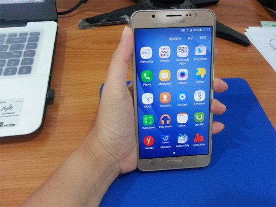 รีวิว Galaxy J7 สมาร์ทโฟนสเปกดี ราคาไม่แรง แค่ 8,900 บาท