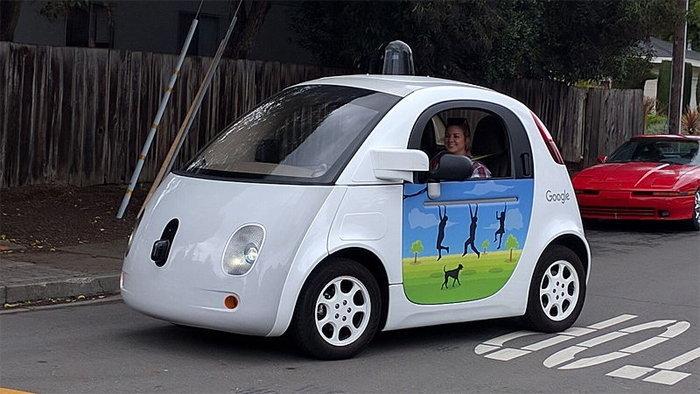 นักวิเคราะห์ทำนายรถยนต์ไร้คนขับอาจช่วยเพิ่มยอดขายเครื่องดื่มแอลกอฮอล์ได้อีกมาก