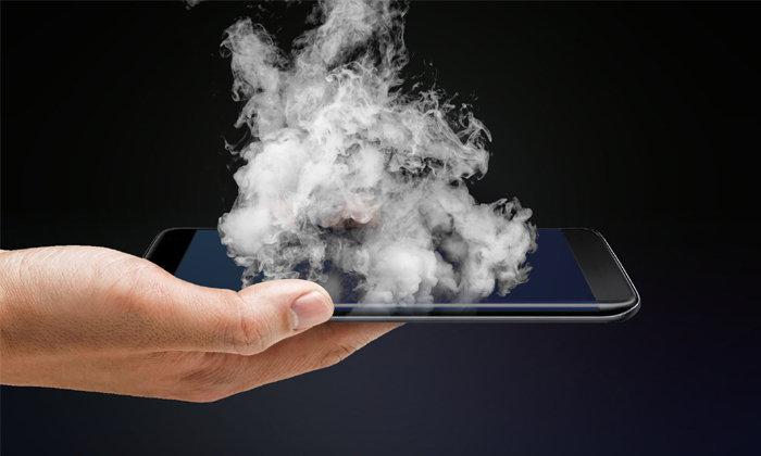 วิธีตรวจสอบสิ่งผิดปกติเมื่อ มือถือของคุณร้อนเอง ก่อนเกิดเหตุไม่คาดคิด!!