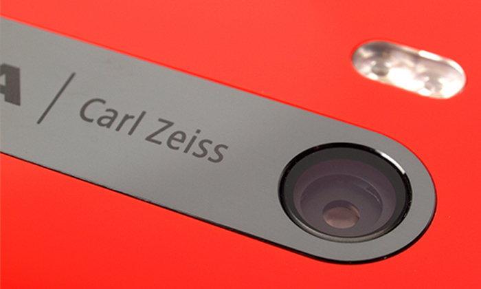 เผยภาพร่าง Nokia รุ่นปริศนาที่มาพร้อมกล้องคู่ (Dual-Camera) และเลนส์ Carl-Zeiss