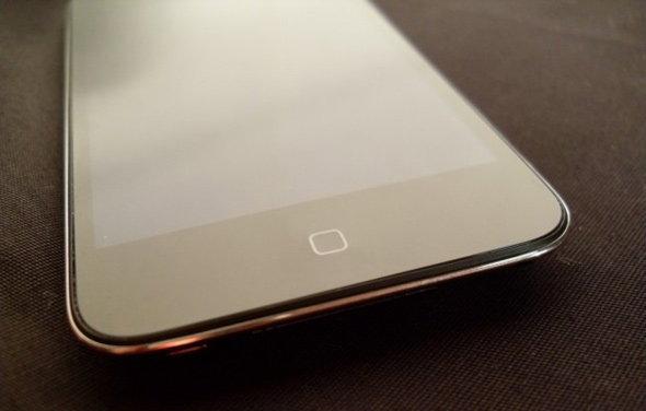 ภาพ iPod touch ไร้ปุ่มที่หลุดออกมาก่อนหน้านี้เป็นของปลอม!
