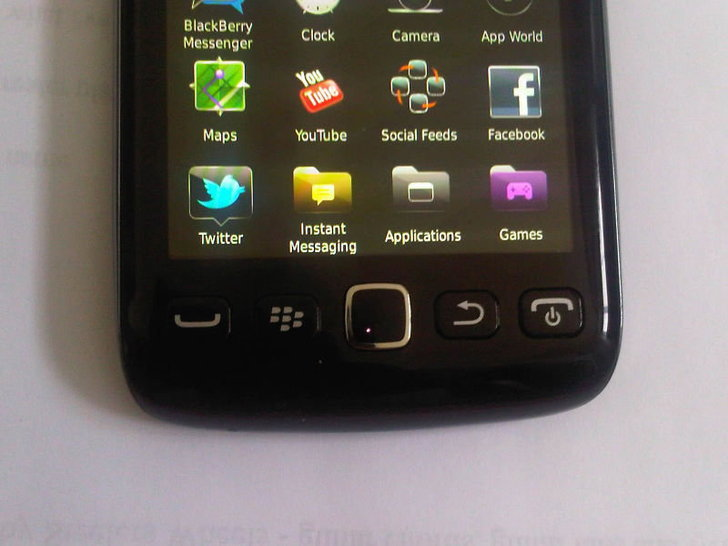 หลุดมาอีกหนึ่ง BlackBerry Bold Touch 9860