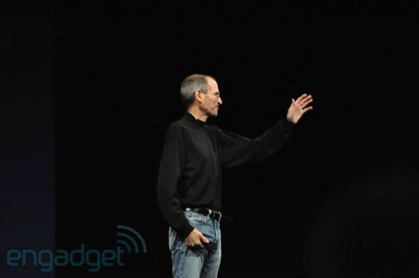 ทำความรู้จัก Steven Paul Jobs ผู้กลายเป็นอดีต CEO Apple