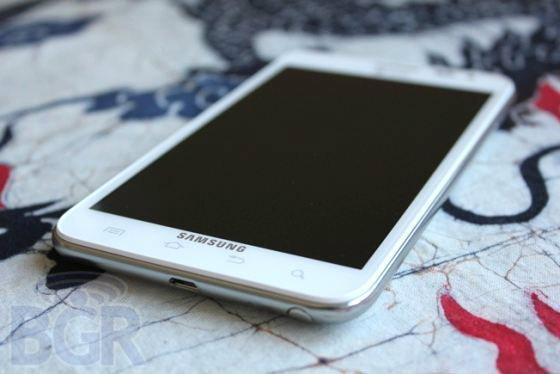 """Galaxy Note 2 """"ควอด-คอร์"""" สิงหาคมนี้"""