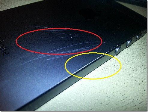 ปัญหาใหม่ของ iPhone 5 เคสด้านหลังเป็นรอยง่าย