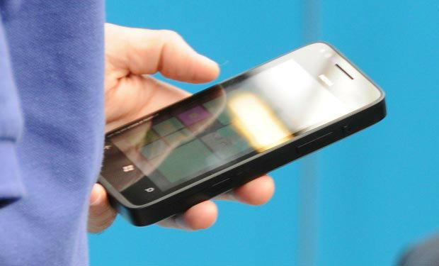 Nokia Phi มือถือ Windows Phone 8 ตัวแรกของ Nokia มาแน่ ตุลาคมนี้!?