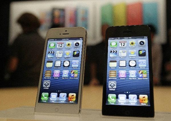 """ขนไอโฟน-ไอแพดเกรดบีลงตลาด ขยายฐานลูกค้า""""ดีแทค""""หั่นราคา5พัน+ประกัน1ปี"""