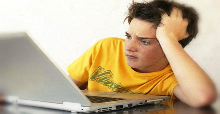 10 เรื่องบ่นยอดฮิต บน Social Media สำรวจตัวเองเป็นนักบ่นตัวยงบน Facebook/Twitter รึยัง
