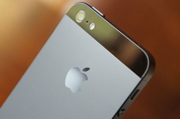 iPhone 5S เริ่มกระบวนการผลิตเดือนมีนาคม