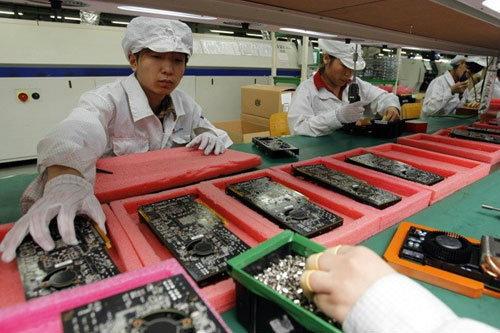 iPhone 5S มาปีนี้ iPhone 6 รอปีหน้า