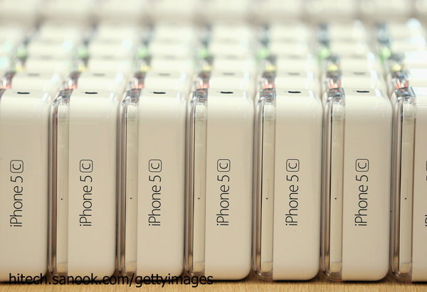 AIS ประกาศราคา iPhone 5S และ iPhone 5C ที่ขายในไทยแล้ว!