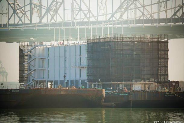 พบเรือบรรทุกตู้คอนเทนเนอร์ลึกลับกลางอ่าวซานฟรานฯ เจ้าของคือกูเกิล