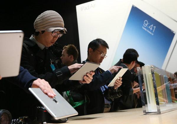 ฝันร้ายของหญิงชาวแคนาดา ซื้อ iPad Air แต่ได้เครื่อง Demo มาแทน