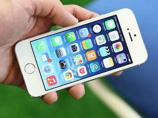 เหลือเชื่อ! iPhone 5S ยังตรวจจับการเคลื่อนไหวของผู้ใช้ได้ แม้แบตจะหมดไปแล้ว