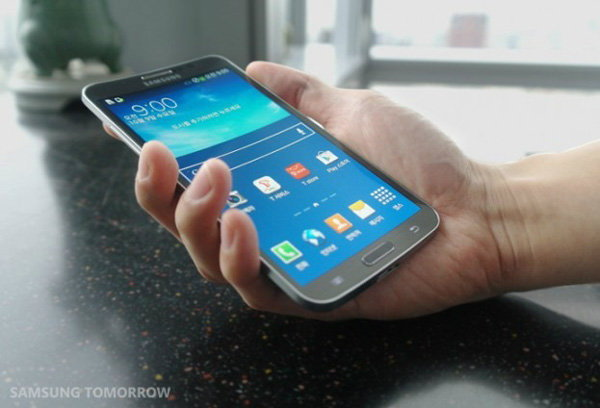 Samsung Galaxy S5 (S V) ยังไม่ใช่หน้าจอแบบโค้งงอ
