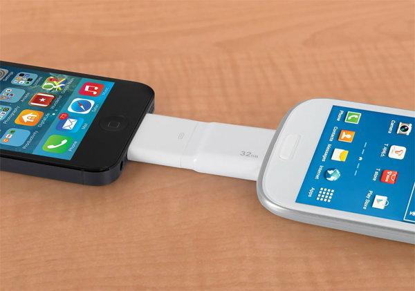 เป็นไปได้!! โอนไฟล์ระหว่าง iPhone ,iPad กับ Android ได้ทันทีด้วยแฟลชไดร์ฟอันนี้