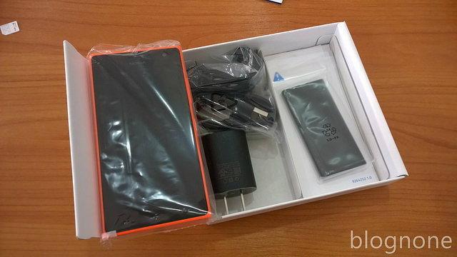 แกะกล่องรีวิว Lumia 730 Dual SIM