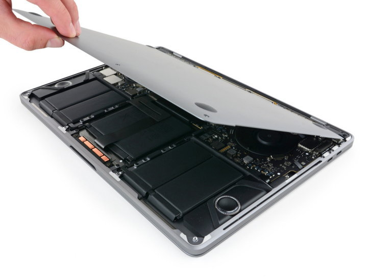 แกะ MacBook Pro และ MacBook 2017 พบความเปลี่ยนแปลงเล็กน้อย