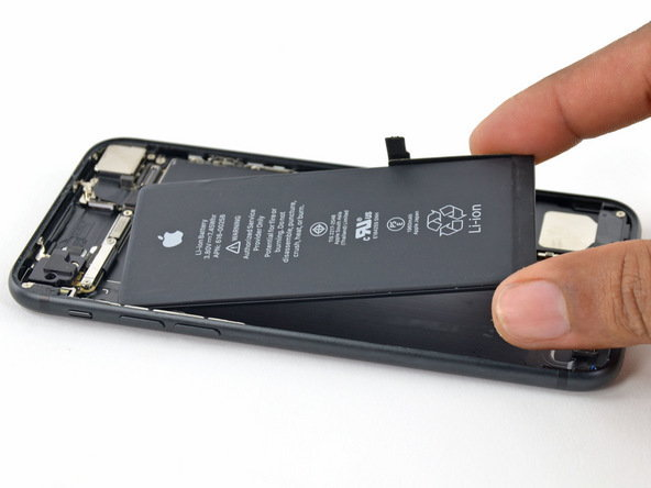 LG จะเป็นผู้ผลิตแบตเตอรี่ชนิดพิเศษให้ iPhone 9