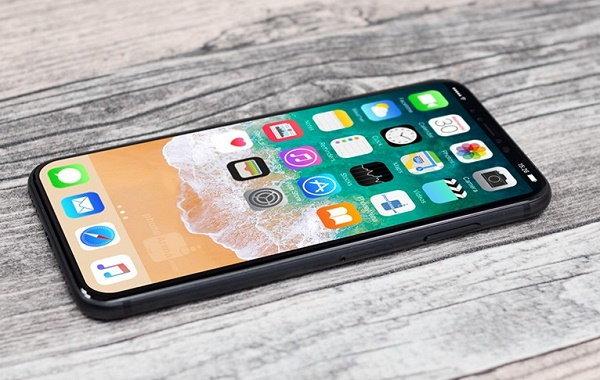 สาวกสู้ไหวมั้ย iPhone 8 อาจมีราคาที่สูงถึง 37,000 บาท