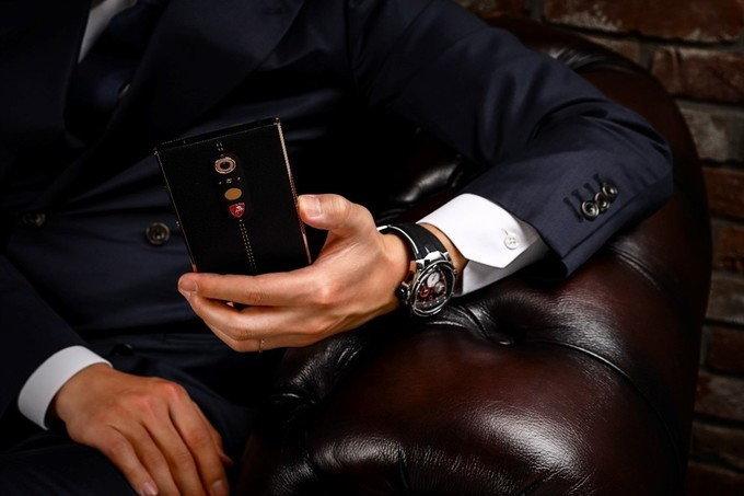 ลัมโบร์กีนี Lamborghini เปิดตัว Alpha-One สมาร์ทโฟนสุดหรู ราคาแพงไม่แพ้รถยนต์