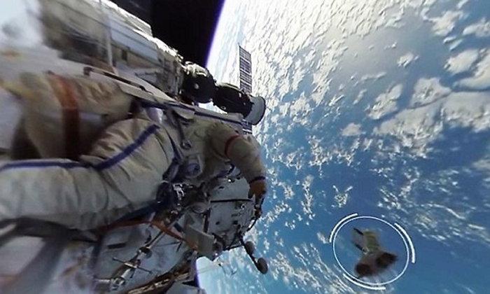 ครั้งแรก ชมการท่องอวกาศ ของจริง แบบ 360 องศา