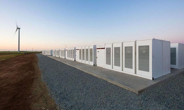 อีลอน มัสก์ สร้างแบตเตอรี่ ใหญ่ที่สุดในโลก ช่วยแก้ปัญหาพลังงาน เซาท์ออสเตรเลีย