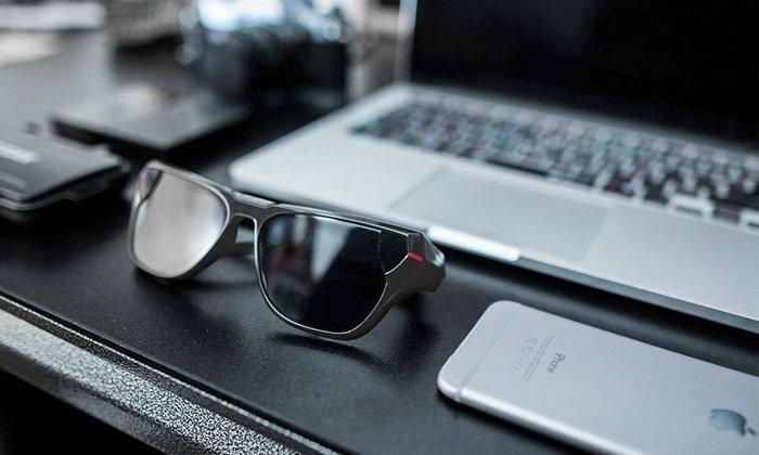 เก๋ไปอีก แว่นตากันแดดแบบใหม่ สามารถถ่ายรูป, วิดีโอระดับ HD แถมถ่าย Live ได้อีกในราคาเพียง 3,000 บาท