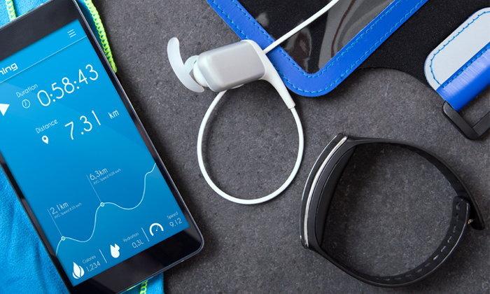 ส่อง! 5 Gadget เสริมที่ควรมีติดตัวหากต้องการใช้ สมาร์ทโฟน ให้คุ้มค่าที่สุด