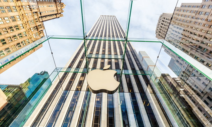 "Apple จะใส่ ""Face ID"" ใน iPhone ใหม่ 3 รุ่น, และเพิ่ม ""ซัพพลายเออร์จากจีน"" มาเสริมทัพ"