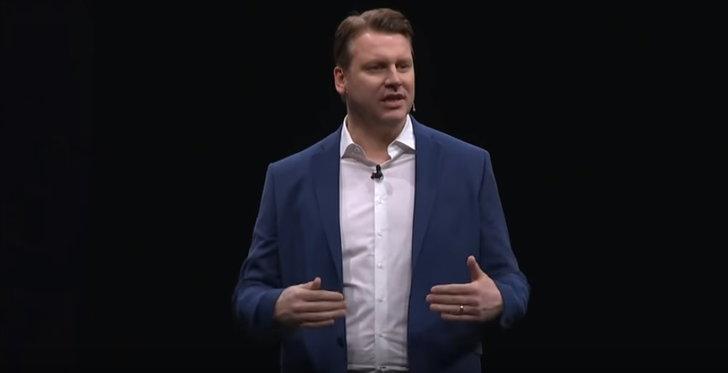 Samsung แอบแซะ Apple เรื่องรอยบากระหว่างงานเปิดตัว Galaxy S9