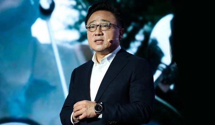 ซีอีโอ Samsung Mobile กล่าวถึง Galaxy X สมาร์ทโฟนพับจอได้ ภายหลังเปิดตัว Galaxy S9