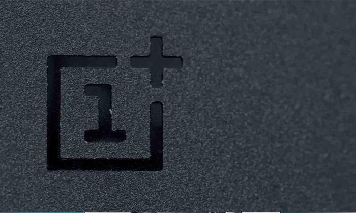 ภาพหลุด OnePlus 6 จะมีรอยบากข้างบนด้วย!