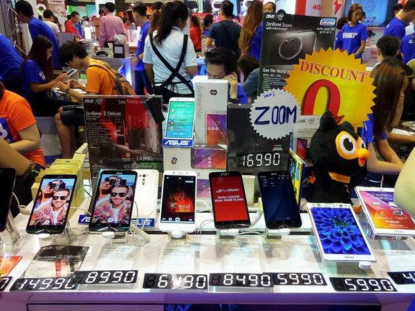 ASUS ZenFone Max กระแสดีมาก เฉลี่ยทุก 1 นาที ขายได้ 1.25 เครื่อง ครองแชมป์สมาร์ทโฟนยอดขายสูงสุด