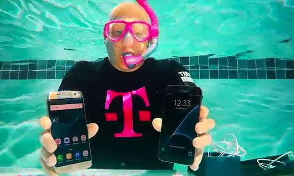 T-Mobile ทำเก๋ Unboxing Samsung Galaxy S7 ใต้น้ำ