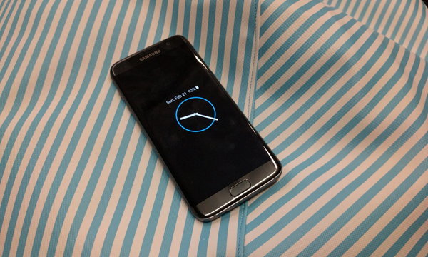 """เหตุผลที่ """"ควร"""" หรือ """"ไม่ควร"""" เปลี่ยนเป็น Samsung Galaxy S7"""